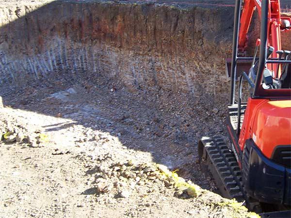 scavo-per-piscina-sassuolo-reggio-emilia