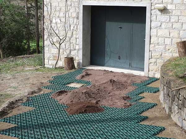 Realizzazione giardini reggio emilia quattro castella for Soluzioni giardino
